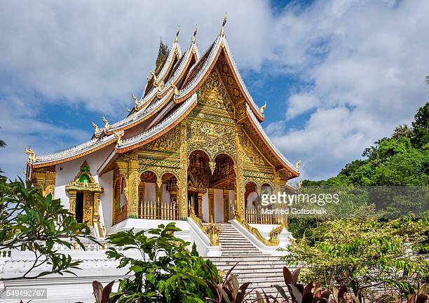 the royal chapel luang prabang - laotian culture stock pictures, royalty-free photos & images
