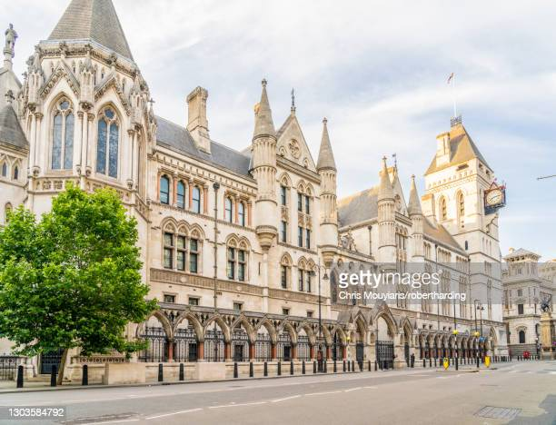 the royal courts of justice in holborn, london, england, united kingdom, europe - holborn stock pictures, royalty-free photos & images
