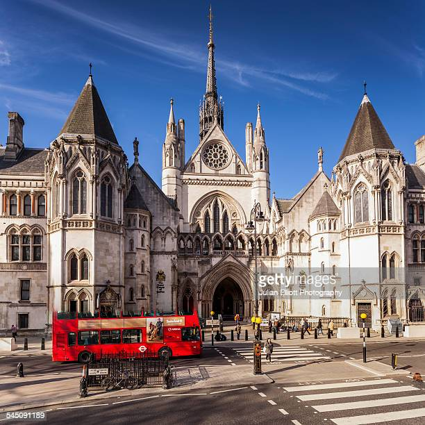 the royal courts of justice in london, england - royal courts of justice stock pictures, royalty-free photos & images