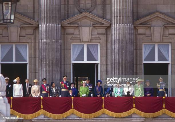 The royal family congregate on the balcony of Buckingham Palace to commemorate the 50th anniversary of the Battle of Britain 15th September 1990...