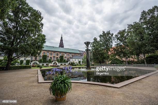 the royal library garden, copenhagen, denmark - parliament stock pictures, royalty-free photos & images