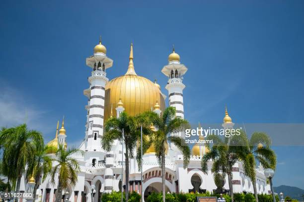 the royal mosque in perak - shaifulzamri stock-fotos und bilder