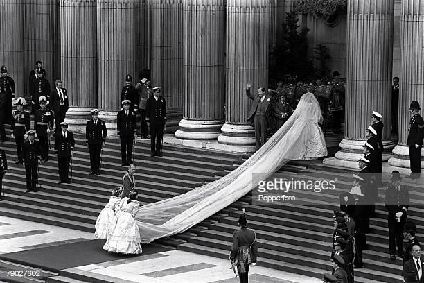 The Royal Wedding St Pauls Cathedral London 29th July The wedding of Lady Diana Spencer to HRH Prince Charles Lady Diana Spencer and her father Earl...