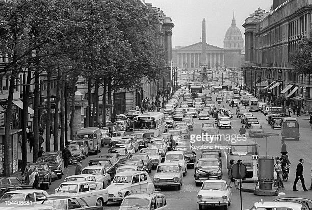 The Royale street in Paris jammed with traffic following the general strike of the SNCF/RATP