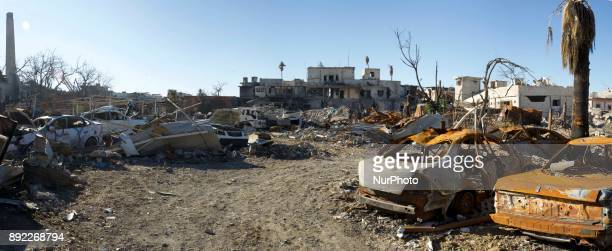 The ruined Al Shifaa neighbourhood in West Mosul completely destroyed by the fighting between Iraqi Army and Islamic State West Mosul Iraq 13...
