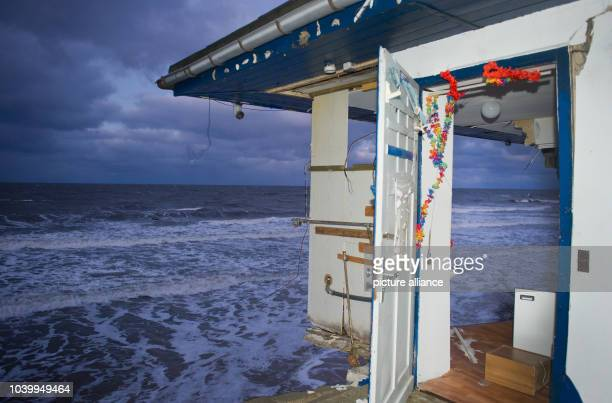 The ruins of a snack stand can be seen on the steep bank on the Usedom island town of Zempin, Germany, 05 January 2017. Photo: Stefan...