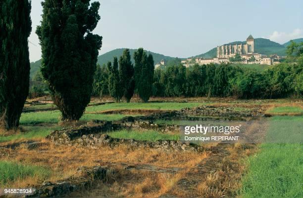 The ruins of the ancient city: the thermae. Ruines de la ville antique : les thermes du nord.