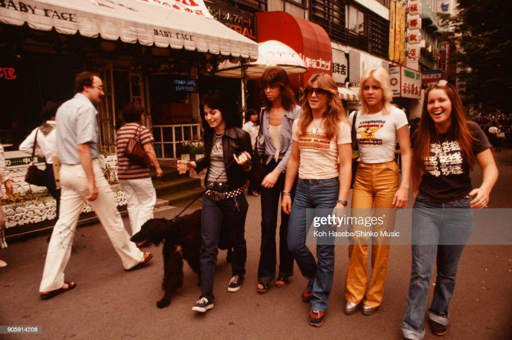 The Runaways on Takesita street Harajyuku, June 1977, Tokyo, Japan. Cherie Currie, Joan Jett, Lita Ford, Jackie Fox, Sandy West.