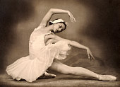 The russian ballerina israileva photographed in a studio in moscow picture id1124884730?s=170x170