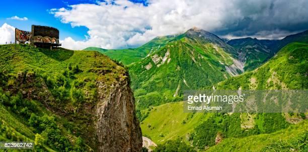 the russo georgian friendship monument, caucasus mountains, gudauri, georgia - june 26, 2017 - monument stock pictures, royalty-free photos & images