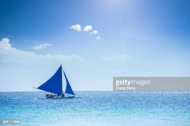 the sailing boat in boracay - small boat stock pictures, royalty-free photos & images