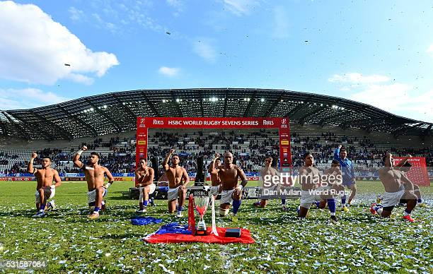 The Samoa team perform the Siva Tau following victory in the Cup Final match between Fiji and Samoa on day three of the HSBC Paris Sevens at the...