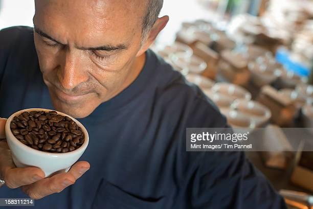 サンプリングの手順で処理を取り除き、コーヒー、スタッフ