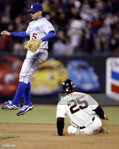 The San Francisco Giants' Barry Bonds steals his 500th base against The Los Angles Dodgers at Pac Bell Park