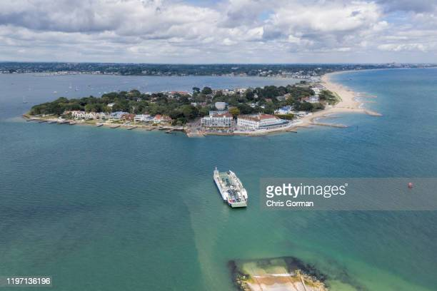 The Sandbanks to Swanage Chain ferry makes its way across the water in Dorset on July 17 2019 in Poole United Kingdom This image shows Sandbanks home...
