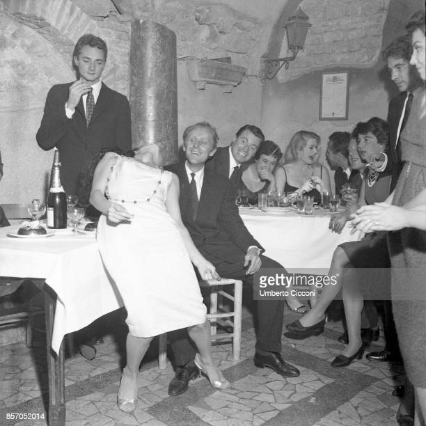 The scandal striptease of a Turkish dancer Aiché Nana in the 'Rugantino' restaurant in Trastevere The police had to step in November 1 1958