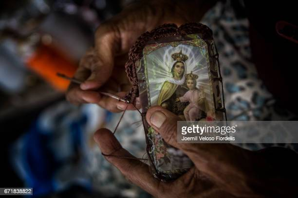 The Scapular of Our Lady of Mount Carmel / Brown Scapular