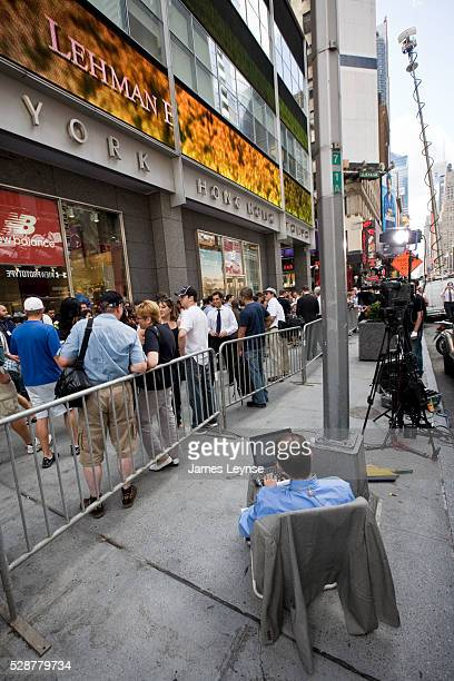 The scene outside Lehman Brothers' Midtown Manhattan headquarters on the day that Lehman filed for bankruptcy