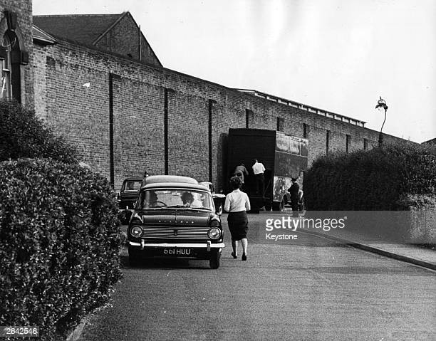 The scene outside Wandsworth prison the day after Ronald Biggs one of the Great Train Robbers escaped with three other prisoners Biggs made his...