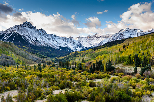 The Scenic Beauty of the Colorado Rocky Mountains on The Dallas Divide 864568096