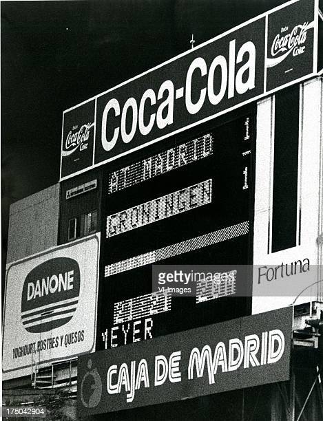 The score board during the Europa Cup 3 match between Atletico Madrid and FC Groningen on october 5 1988 in Madrid The Netherlands
