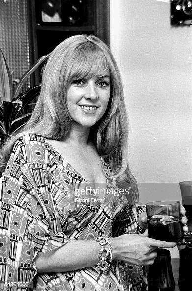 the singer sally carr pictures getty images