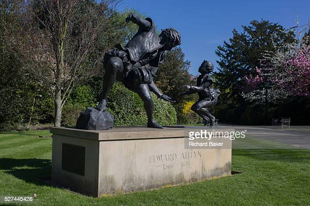 The sculpture of Edward Alleyn by local Dulwich sculptor Louise Simson in the grounds of Christ's Chapel in Dulwich Village Edward Alleyn was an...