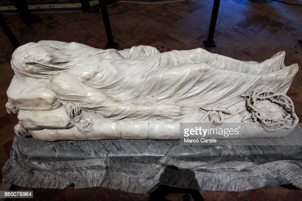The sculpture of the veiled Christ by the sculptor Giuseppe Sanmartino in the chapel of Sansevero