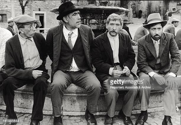 The second from left is the American actor Anthony Quinn in the role of Italo Bombolini The third from left is Renato Rascel in the role of...