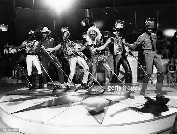 The second lineup of American disco group Village People with new lead singer Ray Simpson performing on the TV show 'Disco 80' Musikgruppe USA...