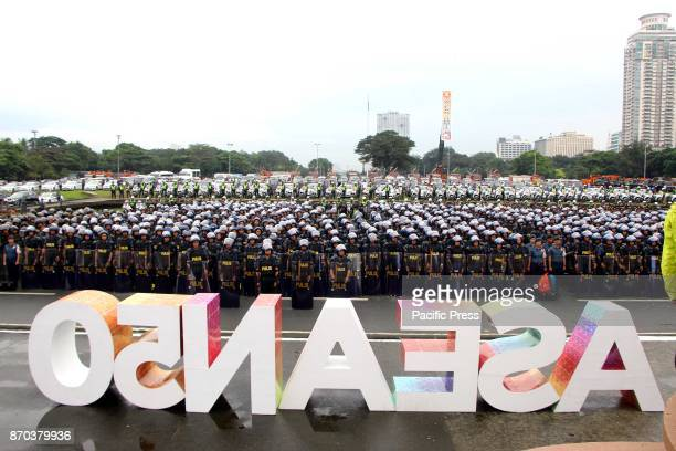 The security rescue and medical forces delegation at formation was presented during the SendOff Ceremony for the ASEAN Summit and Related Summits in...