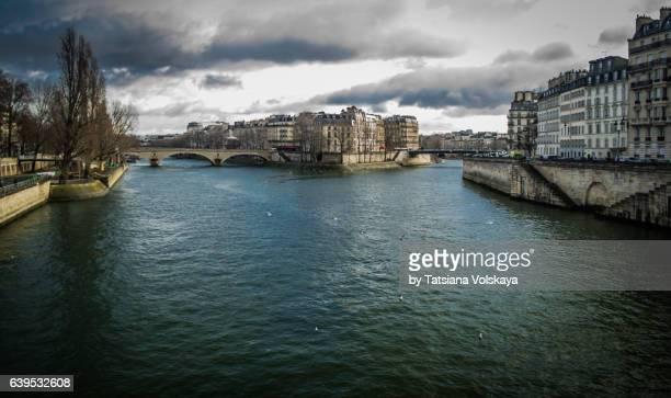 the seine river, paris, 2017 - fluss seine stock-fotos und bilder