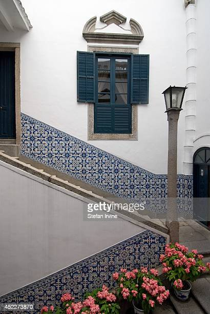 The Senate House boasts traditional Portuguese design with interior courtyard walls decorated with classic blue and white azulejo tiling