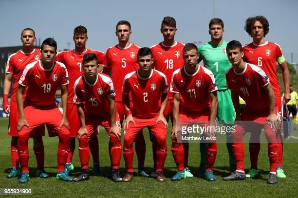 60点のサッカーセルビア代表の画...