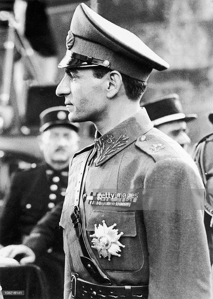 The Shah Of Iran In Paris In 1948 : News Photo