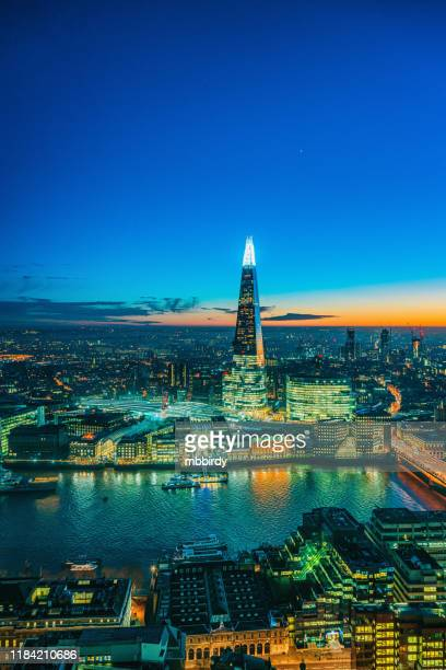 the shard skyscraper in london - shard london bridge stock pictures, royalty-free photos & images