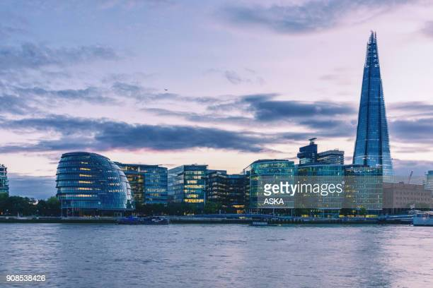 the shard skyscraper in london - guildhall london stock pictures, royalty-free photos & images