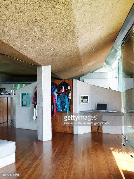 The Sheats Goldstein home designed by John Lautner is photographed for Madame Figaro on August 10 2010 in Los Angeles California The house is owned...