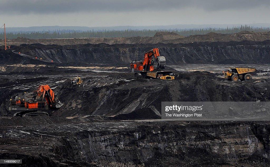 Canadian Oil Fields : Nachrichtenfoto