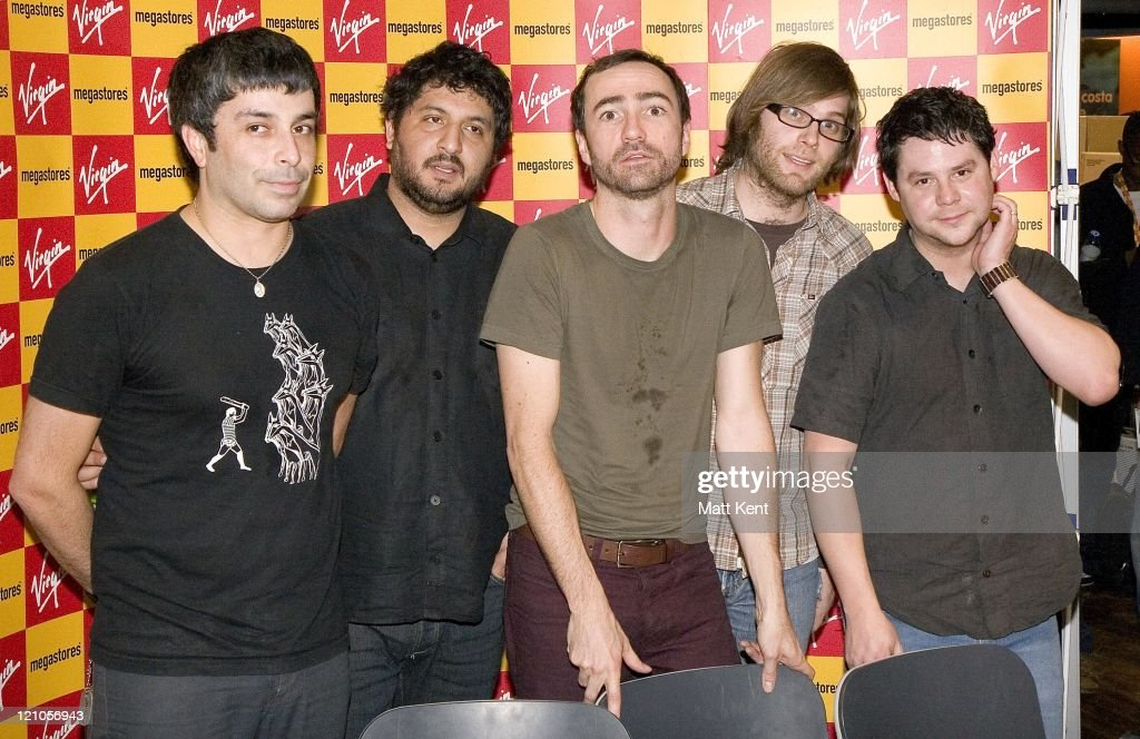 The Shins Instore Performance and Signing at Virgin - February 1, 2007