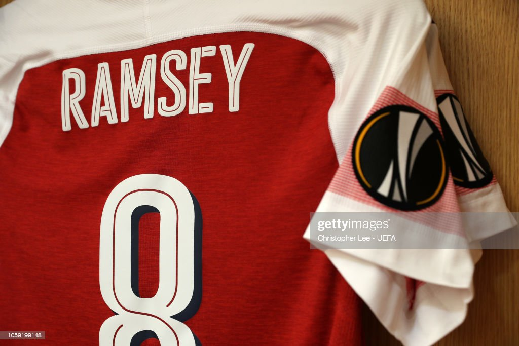 online store f182e 4813e The shirt of Aaron Ramsey on display in the Arsenal changing ...