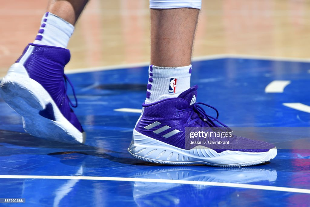 the shoes worn by Larry Nance Jr. #7 of the Los Angeles Lakers are seen during the game against the Philadelphia 76ers on December 7, 2017 at Wells Fargo Center in Philadelphia, Pennsylvania.