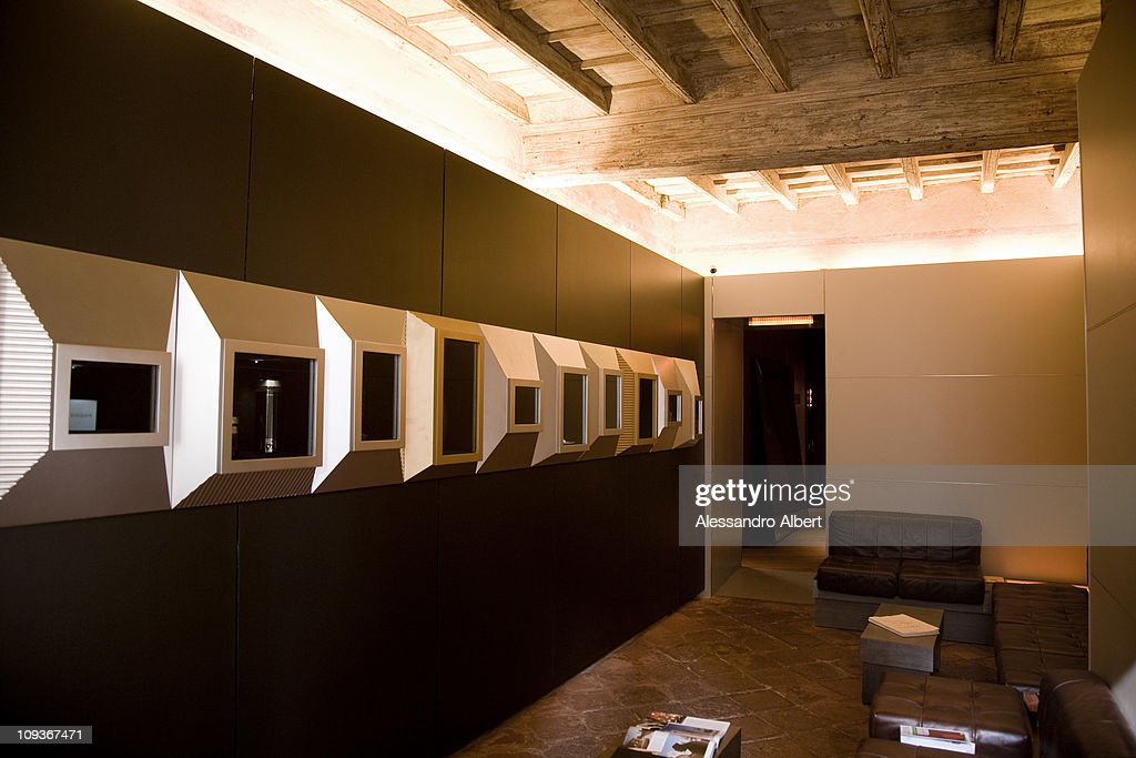 quality design 69cc3 02b69 The shop of the chocolate maker Guido Gobino on October 2 ...