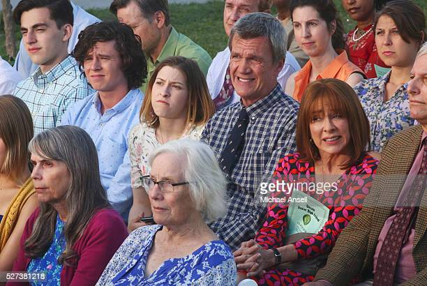 THE MIDDLE 'The Show Must Go On' After almost forgetting that Brick's middle school graduation is only days away Frankie goes on a mission to right a...