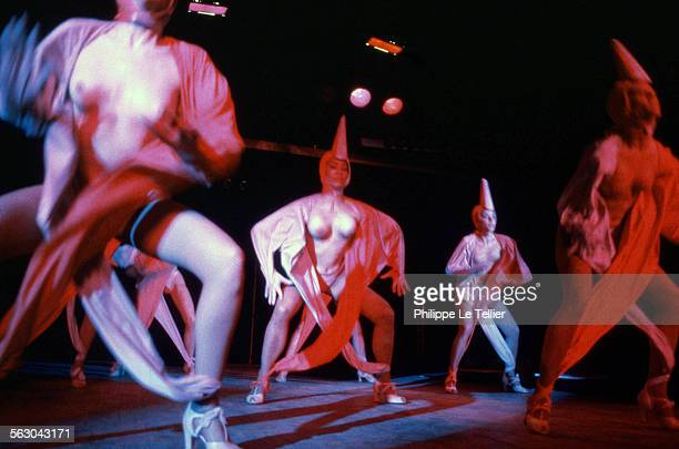 the show of the Lido cabaret in Paris 1984