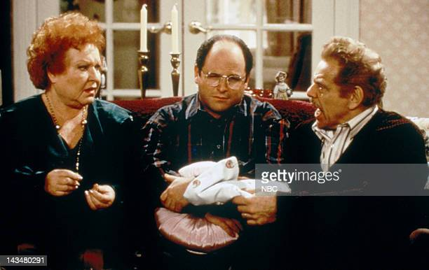 "The Shower Head"" Episode 15 -- Pictured: Estelle Harris as Estelle Costanza, Jason Alexander as George Costanza, Jerry Stiller as Frank Costanza"