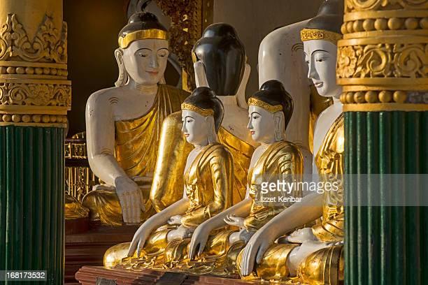 the shwedagon pagoda - pagode stock-fotos und bilder