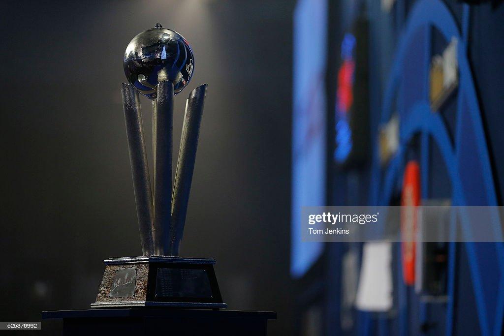 PDC World Darts Championship Final : News Photo