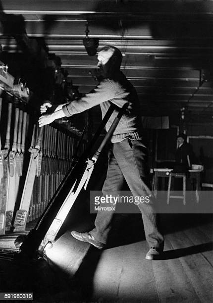 The signalman February 1941 P 09187