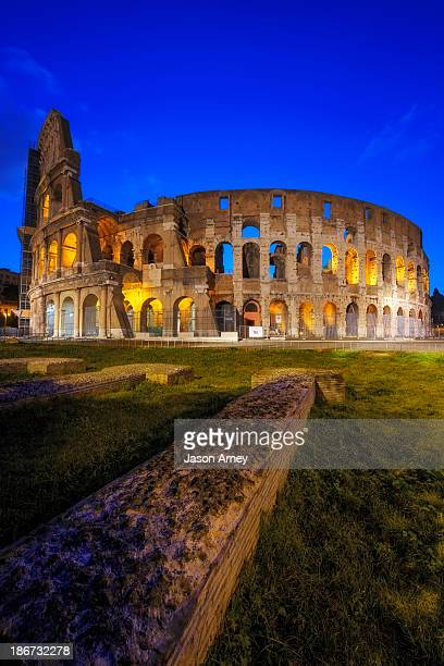 CONTENT] The silent Colosseo in Rome before the sun breaks and the crowds emerge